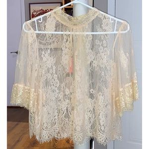 Cute Lace Scalloped Top